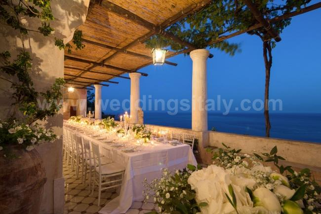 Timeless 17th centuy luxury villa in Positano: our new villa for the perfect Amalfi Coast style wedding.