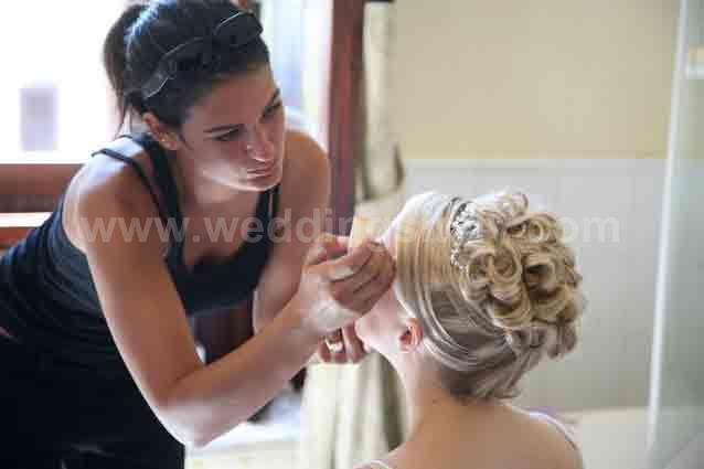 How beauty contributes to make your wedding day truly special!