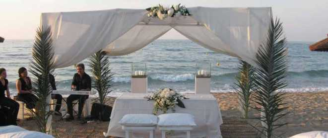 Emotional And Stylish Beach Weddings In Italy