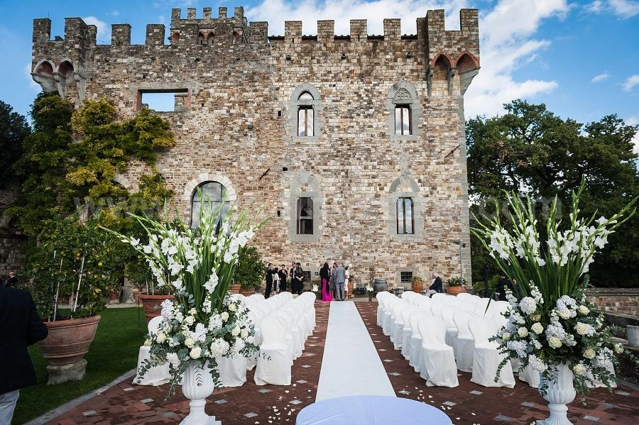 Esin and Jon Wedding in Tuscany at Vincigliata Castle